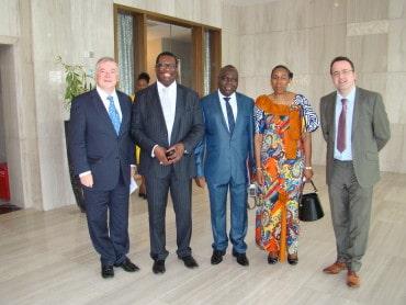 Baptême à Kinshasa du livre Les Monnaies du Congo